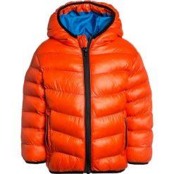 Outfit Kids BUBBLE JACKET Kurtka przejściowa red. Czerwone kurtki chłopięce przejściowe marki Outfit Kids, z materiału. Za 149,00 zł.