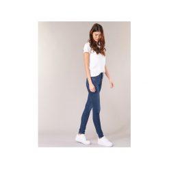 Jeansy skinny Levis  721 HIGH RISE SKINNY. Niebieskie jeansy damskie skinny marki Levi's®, z jeansu. Za 351,20 zł.