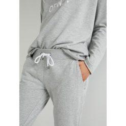 Juvia JOGGER Spodnie treningowe grey melange. Szare bryczesy damskie Juvia, xl, z bawełny. Za 579,00 zł.