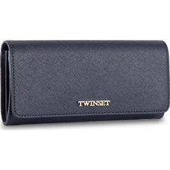 Duży Portfel Damski TWINSET - Portafoglio AS8PGT Blu Scuro 0058S. Niebieskie portfele damskie Twinset, ze skóry. W wyprzedaży za 369,00 zł.