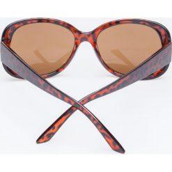 Okulary przeciwsłoneczne w brązowych oprawkach panterka. Brązowe okulary przeciwsłoneczne damskie aviatory Yups, owalne. Za 19,99 zł.