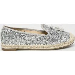 Answear - Espadryle Lily Shoes. Czerwone espadryle damskie marki Born2be, z materiału, na płaskiej podeszwie. W wyprzedaży za 49,90 zł.