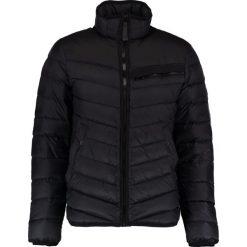 GStar ATTACC DOWN JKT Kurtka puchowa black. Czarne kurtki męskie puchowe G-Star, m, z materiału. W wyprzedaży za 603,85 zł.