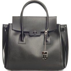 Torebki klasyczne damskie: Skórzana torebka w kolorze czarnym – 35 x 30 x 14 cm