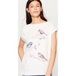 Koszulka z aplikacją - Kremowy. Białe t-shirty damskie Mohito, l, z aplikacjami. Za 69,99 zł.