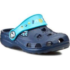Klapki COQUI - Little Frog 8701  Navy/Blue. Niebieskie klapki chłopięce marki Coqui, z tworzywa sztucznego. Za 39,99 zł.