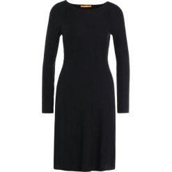 BOSS CASUAL IESIBELLA Sukienka dzianinowa black. Czarne sukienki dzianinowe BOSS Casual, na co dzień, xl, casualowe. Za 719,00 zł.