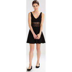 Sukienki hiszpanki: Miss Selfridge Petite Sukienka letnia black