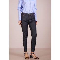 DRYKORN PULL Jeans Skinny Fit rinsed denim. Niebieskie boyfriendy damskie DRYKORN, z bawełny. Za 499,00 zł.