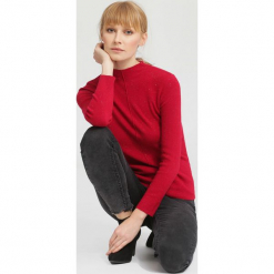 Czerwony Sweter Gind. Czerwone swetry klasyczne damskie marki other, na jesień, m. Za 59,99 zł.