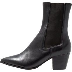 Intentionally Blank MUSE Botki black. Czarne botki damskie skórzane Intentionally Blank, klasyczne. Za 879,00 zł.