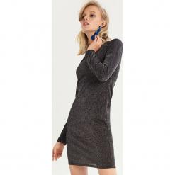 Dopasowana sukienka - Czarny. Czarne sukienki Sinsay, l, dopasowane. Za 49,99 zł.