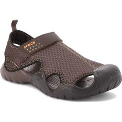 Sandały CROCS - Swiftwater Sandal M 15041 Espresso/Espresso. Brązowe sandały męskie skórzane marki Crocs. W wyprzedaży za 169,00 zł.