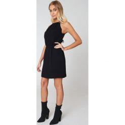 Samsoe & Samsoe Krótka sukienka Willow - Black. Czarne sukienki koronkowe Samsøe & Samsøe, w koronkowe wzory, z krótkim rękawem, mini. Za 242,95 zł.