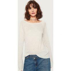 Swetry klasyczne damskie: Sweter z półokrągłym dekoltem – Jasny szar