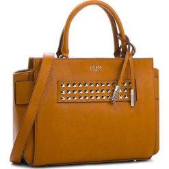 Torebka GUESS - HWVC71 06060  COG. Brązowe torebki klasyczne damskie marki Guess, z aplikacjami, ze skóry ekologicznej. Za 679,00 zł.