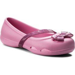 Baleriny CROCS - Lina Flat K 204028 Party Pink. Różowe baleriny dziewczęce marki Crocs, z materiału. Za 89,00 zł.
