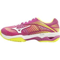Buty trekkingowe damskie: Mizuno WAVE EXCEED TOUR 3 CC Obuwie do tenisa Outdoor clover/white/safety yellow