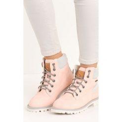 Buty zimowe damskie: Różowe Traperki Figurine