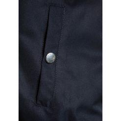 GANT BOYS  Kurtka Bomber evening blue. Niebieskie kurtki męskie bomber marki GANT, z materiału. W wyprzedaży za 559,30 zł.