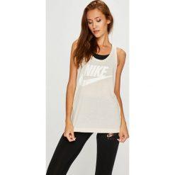 Nike Sportswear - Top 831731. Szare topy damskie Nike Sportswear, m, z nadrukiem, z dzianiny, z okrągłym kołnierzem. W wyprzedaży za 99,90 zł.