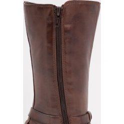 Friboo Kozaki sing caffe. Czerwone buty zimowe damskie marki Friboo, z materiału. W wyprzedaży za 134,50 zł.
