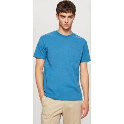 T-shirt z bawełny organicznej - Niebieski. Niebieskie t-shirty męskie Reserved, l, z bawełny. Za 49,99 zł.