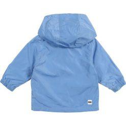 BOSS Kidswear LAYETTE WINDJACKE  Kurtka wiosenna himmelblau. Niebieskie kurtki chłopięce marki BOSS Kidswear, z bawełny. Za 379,00 zł.