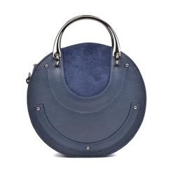 Torebka w kolorze granatowym - (S)21 x (W)21 x (G)7 cm. Niebieskie torebki klasyczne damskie Bestsellers bags, w paski, z materiału. W wyprzedaży za 249,95 zł.
