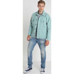 GStar 3301 STRAIGHT TAPERED Jeansy Zwężane fleck denim. Niebieskie jeansy męskie marki G-Star. Za 469,00 zł.