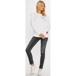 Calvin Klein Jeans - Bluza. Szare bluzy z nadrukiem damskie marki Calvin Klein Jeans, l, z bawełny, bez kaptura. W wyprzedaży za 319,90 zł.