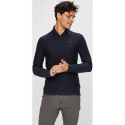 Guess Jeans - Sweter. Szare swetry klasyczne męskie marki Guess Jeans, l, z aplikacjami, z bawełny. Za 359,90 zł.