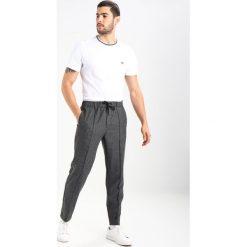 Lacoste TH3196 Tshirt basic white. Białe t-shirty męskie Lacoste, m, z bawełny. Za 239,00 zł.