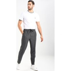 T-shirty męskie: Lacoste TH3196 Tshirt basic white