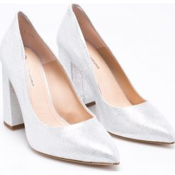Solo Femme - Czółenka. Szare buty ślubne damskie marki Solo Femme, z materiału, na obcasie. W wyprzedaży za 219,90 zł.