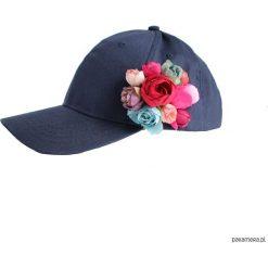 Czapka z kwiatami granatowa. Czerwone czapki zimowe damskie Pakamera, na lato. Za 170,00 zł.