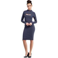 Niebieska Sukienka Ołówkowa do Kolan z Suwakiem. Niebieskie sukienki balowe marki Molly.pl, do pracy, l, z bawełny, z klasycznym kołnierzykiem, z długim rękawem, midi, ołówkowe. Za 119,90 zł.