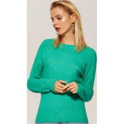 Sweter z szerokimi rękawami - Zielony. Zielone swetry klasyczne damskie House, l. Za 59,99 zł.