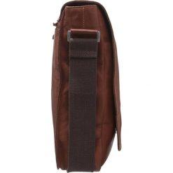 Strellson UPMINSTER  Torba na ramię cognac. Brązowe torby na ramię męskie marki Kazar, ze skóry, przez ramię, małe. Za 819,00 zł.