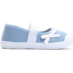 Niebieskie Tenisówki Sweet Child. Niebieskie buty sportowe dziewczęce Born2be, z materiału, z okrągłym noskiem. Za 24,99 zł.
