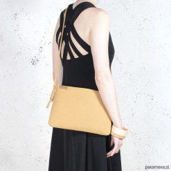 Kopertówki damskie: Nodo Bag musztardowa / kopertówka z paskiem