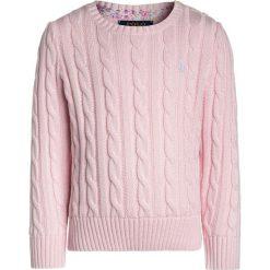 Polo Ralph Lauren CABLE  Sweter hint of pink. Czerwone swetry klasyczne damskie Polo Ralph Lauren, z bawełny, polo. Za 359,00 zł.