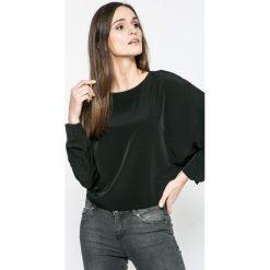 Vero Moda - Bluzka. Czarne bluzki asymetryczne Vero Moda, l, z poliesteru, casualowe, z okrągłym kołnierzem. W wyprzedaży za 79,90 zł.