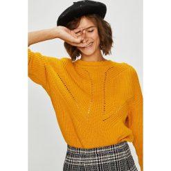 Medicine - Sweter Suffron Spice. Brązowe swetry klasyczne damskie marki MEDICINE, l, z bawełny, z okrągłym kołnierzem. Za 119,90 zł.