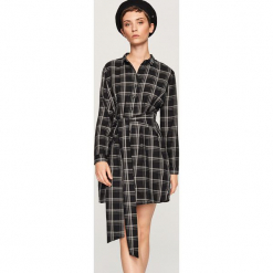 Sukienka w kratę - Czarny. Czarne sukienki marki Reserved, z lyocellu. Za 99,99 zł.
