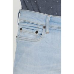Hollister Co. Jeansy Slim Fit light destroy. Szare rurki męskie Hollister Co. Za 229,00 zł.