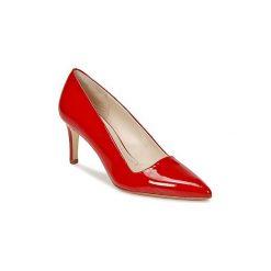 Czółenka Paco Gil  CLAIRE. Czerwone buty ślubne damskie Paco Gil. Za 623,20 zł.