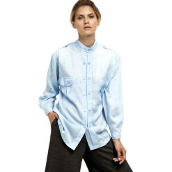 Bluzki damskie: Bluzka w kolorze jasnoniebieskim