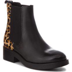 Sztyblety GUESS - FLMOR3 LEA10 LEOPA. Czarne buty zimowe damskie marki Guess, z materiału. Za 739,00 zł.