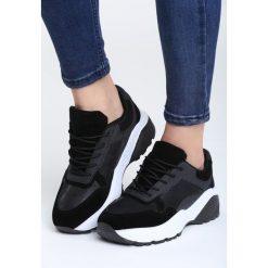 Czarne Sneakersy Moonchild. Czarne sneakersy damskie vices, z materiału. Za 89,99 zł.